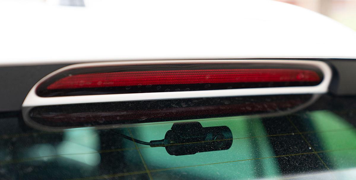 rear-dash-cam-blackvue.jpg